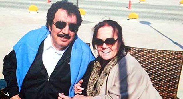 Photo of Müslüm Gürses'in eşi Muhterem Nur yoğun bakıma kaldırıldı!
