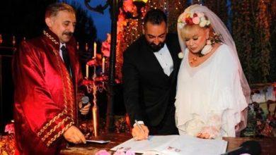 Photo of Zerrin Özer Murat Akıncı ile barıştı!